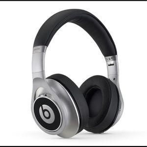 Beats Noise Cancelling Executive Headphones